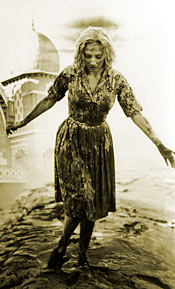 Candace Hilligoss in Carnival of Souls