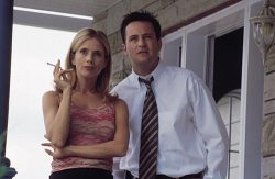 Rosanna Arquette and Matthew Perry in The Whole Nine Yards